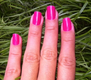 Nails painted with Colorama Rosa Pink