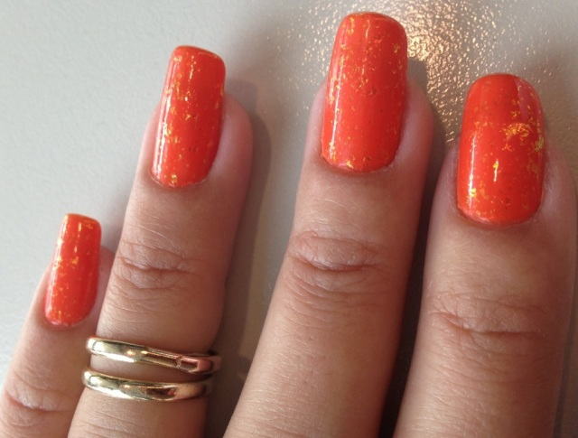 orange nails - somanylovelythings