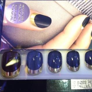 Nails à porter in Drama Queen