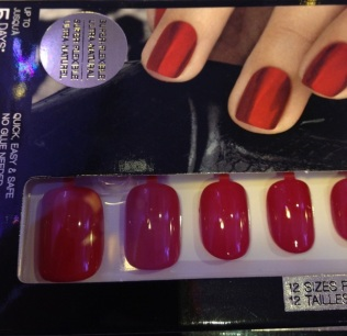 Nails à porter in Femme Fatale