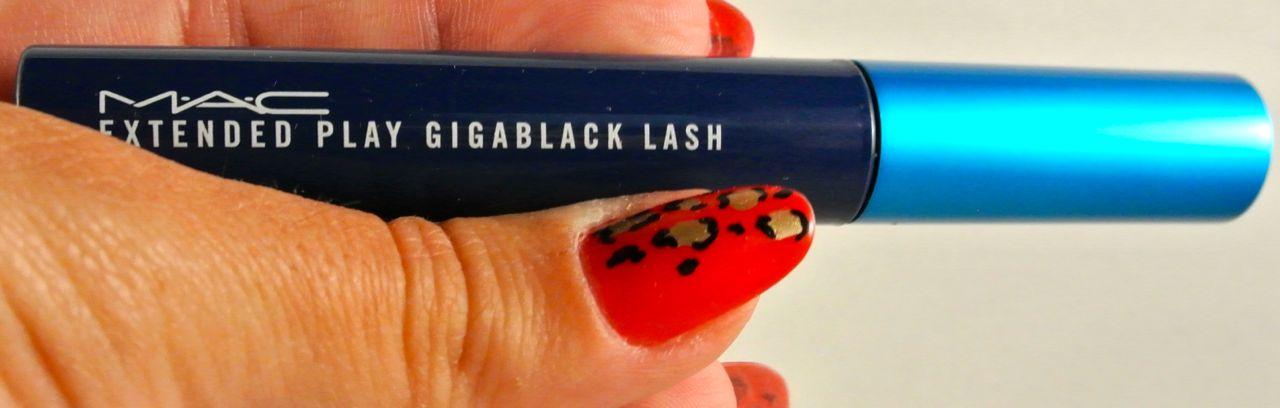 Extended Play Gigablack Lash Mascara by MAC #7