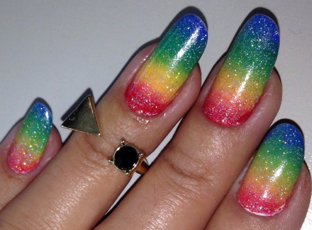 rainbow gradient nails - somanylovelythings