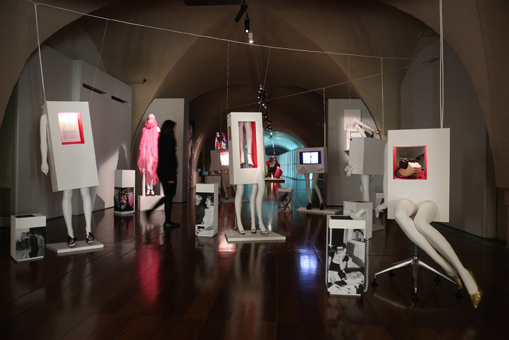 isabella blow exhibition - photo from design_scene