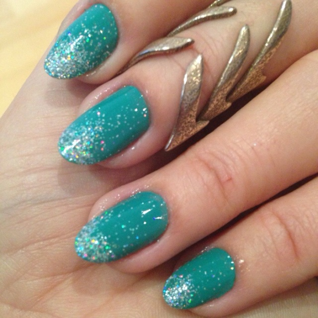 teal with holographic silver glitter nails - somanylovelythings