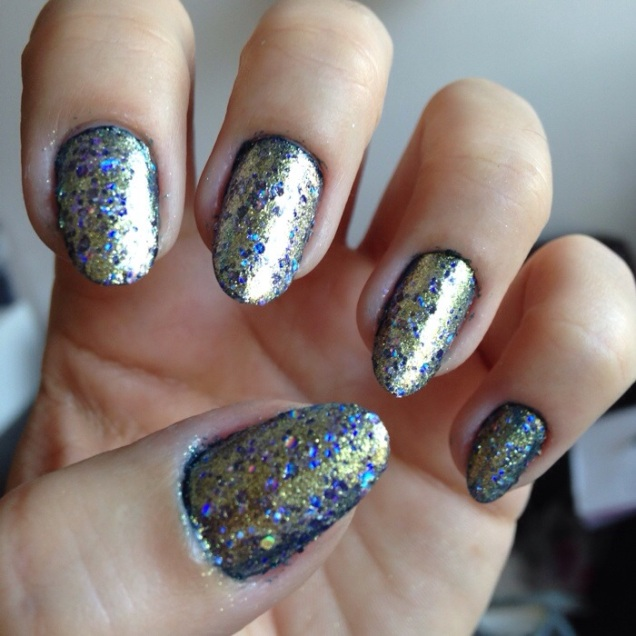 essie on a silver plate - somanylovelythings