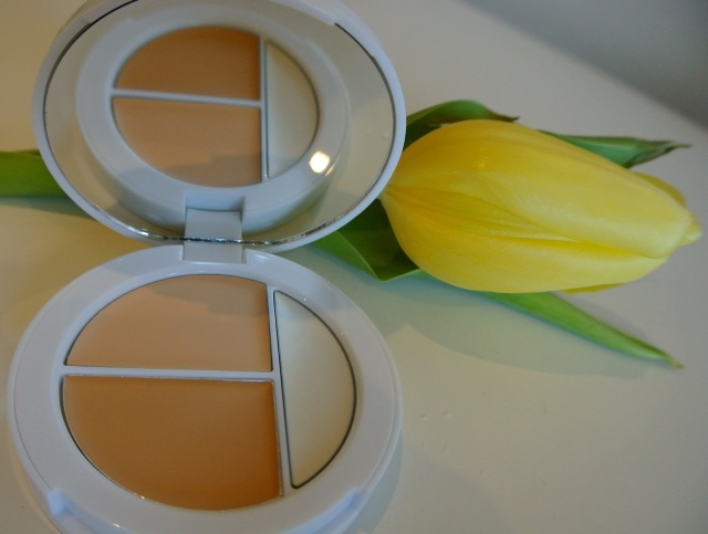 Sheercover conceal and brighten trio