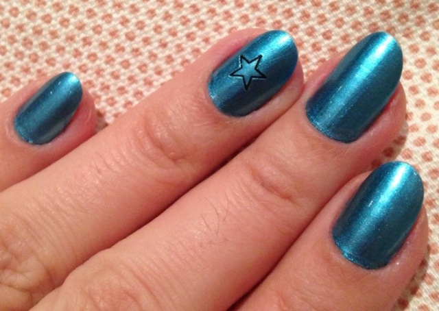 metallic blue nails - stargazer chrome