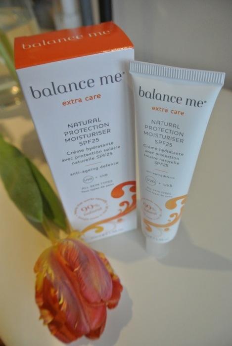 natural protection moisturiser spf 25