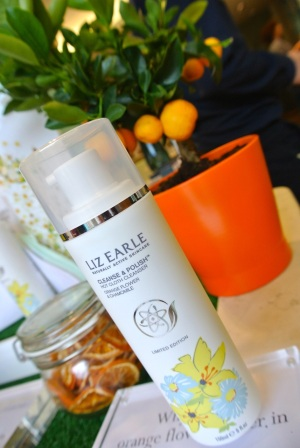 liz earle orange and chamomile cleanse & polish