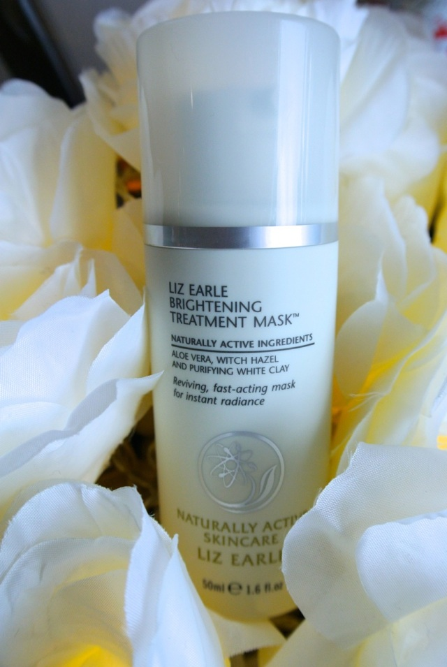 liz earle brightening treatment mask