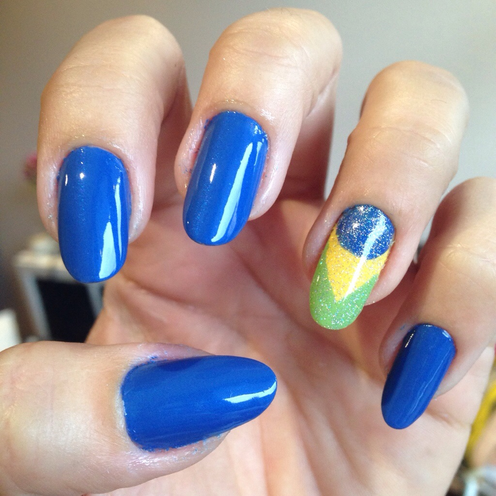 world cup nails | So Many Lovely Things