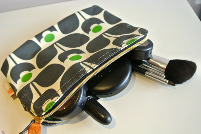 orla kiely cosmetic bag - wallflower print