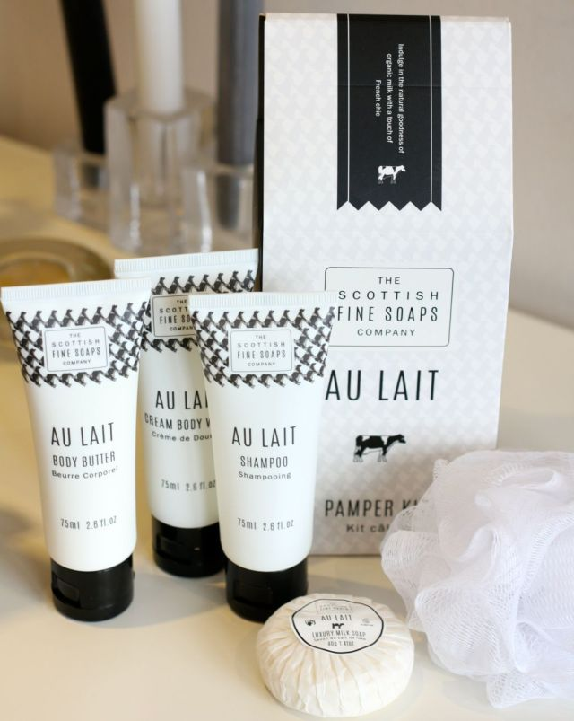 review scottish fine soaps au lait pamper kit so many lovely things. Black Bedroom Furniture Sets. Home Design Ideas