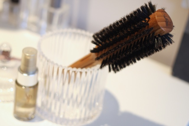 wella SP bamboo round brush