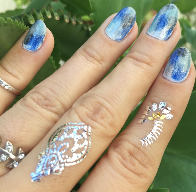 blue, black and silver nail art - somanylovelythings