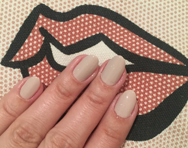 nude nails - somanylovelythings.com
