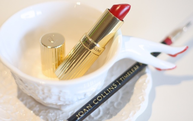 joan collins divine lips crystal