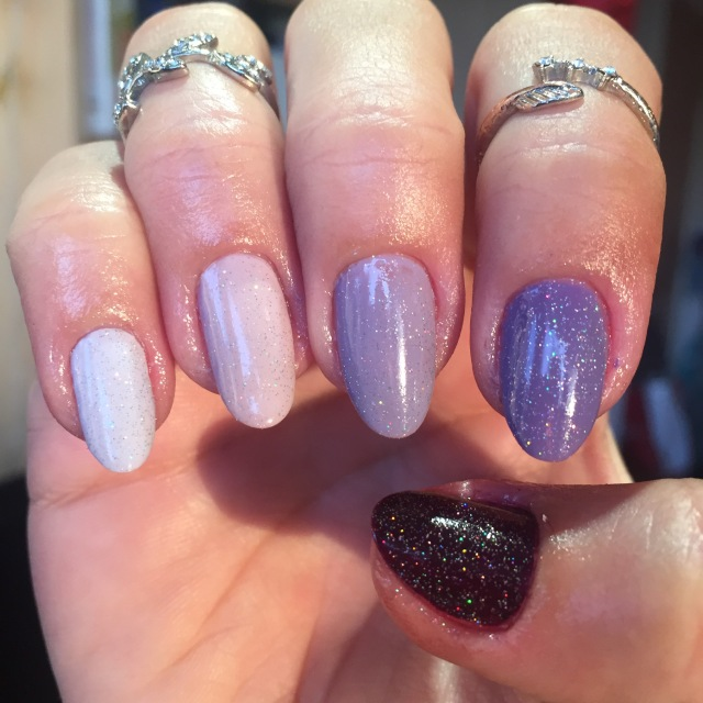lilac nails - somanylovelythings