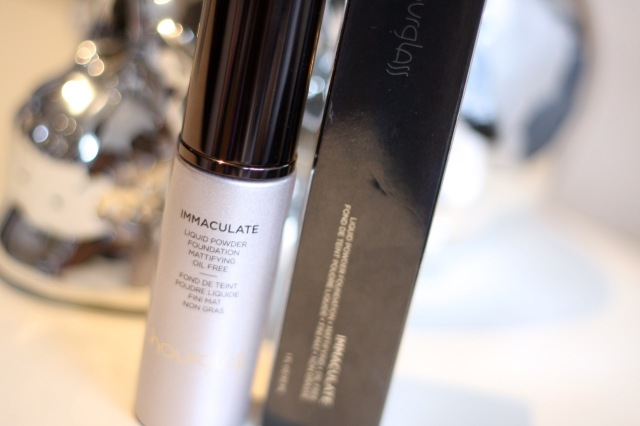 hourglass immaculate foundation review