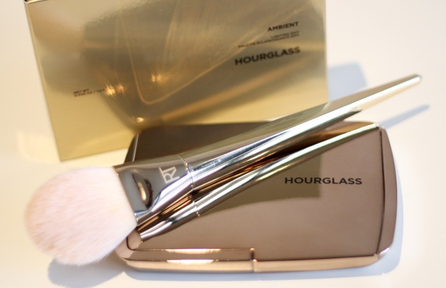 hourglass_ambient_lighting_edit_palette_review - 1