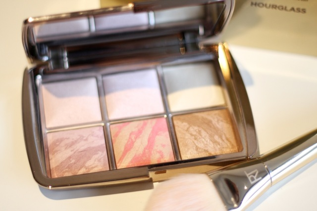 hourglass_ambient_lighting_edit_palette_review - 3