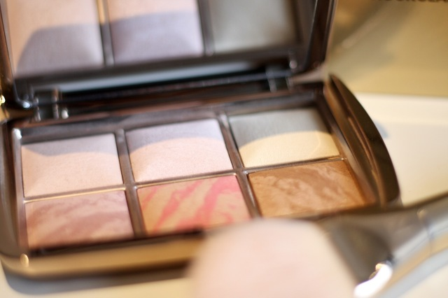 hourglass_ambient_lighting_edit_palette_review - 4