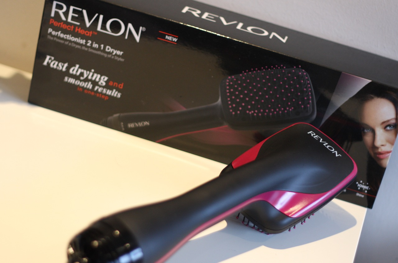 Want An Easy Blow Dry Revlon Perfectionist 2 In 1 Dryer