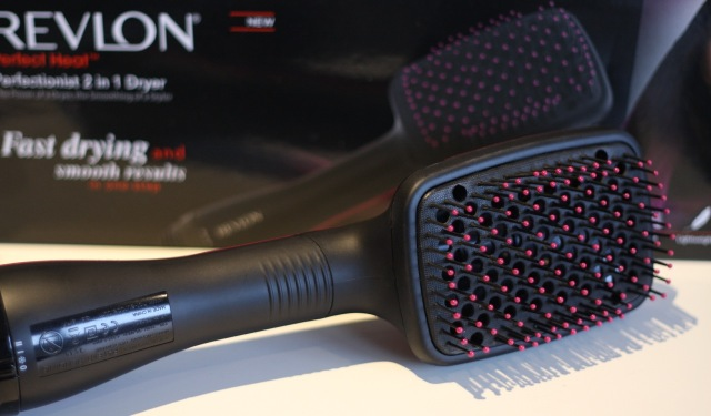 revlon_perfectionist_2in1_dryer_review - 2