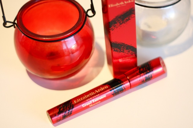 elizabeth_arden_grand_entrance_mascara_review - 3