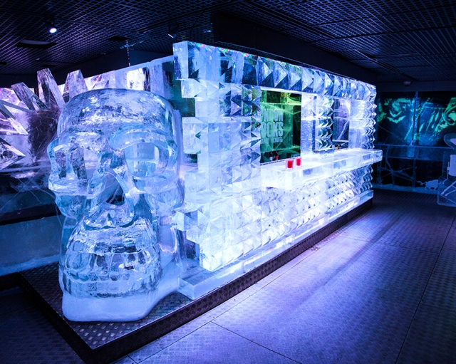 icebar_rocks_bar