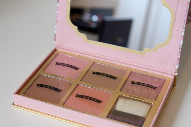 benefit-cheekathon-palette-review - 1