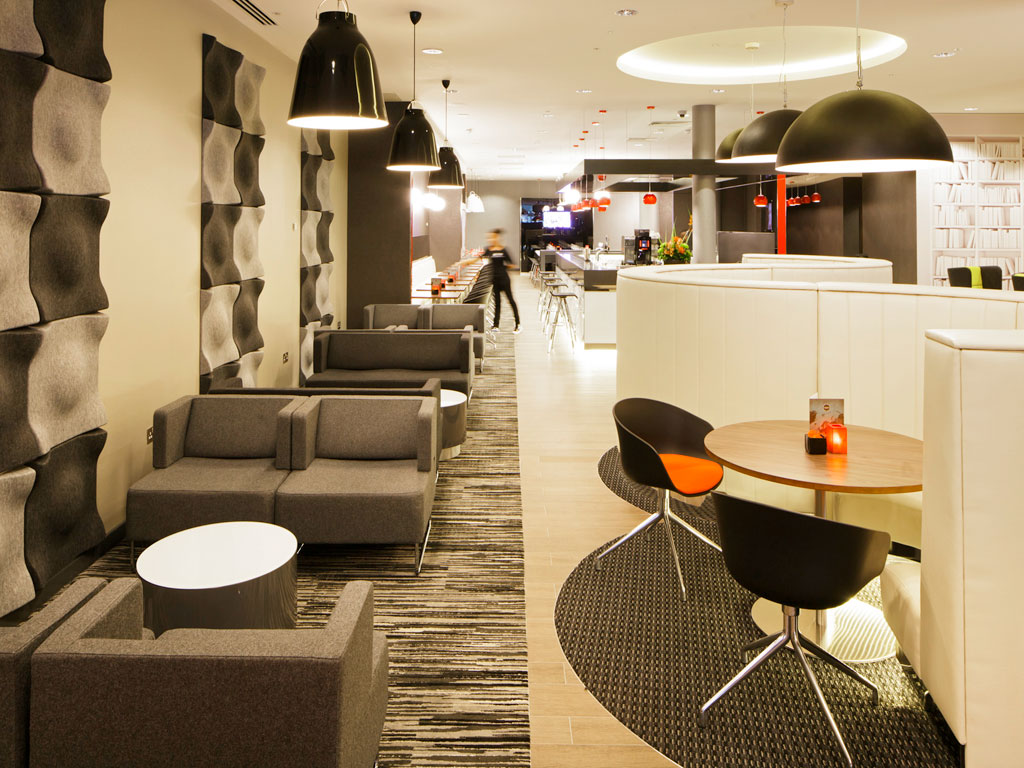 ibis_blackfriars_lounge