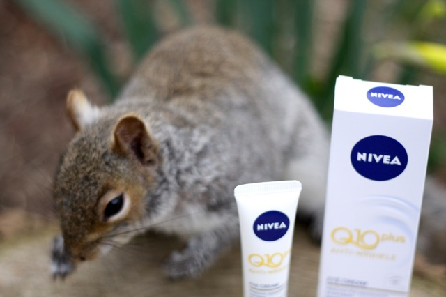 nivea-q10-plus-antiwrinkle-eyecream-review - 1
