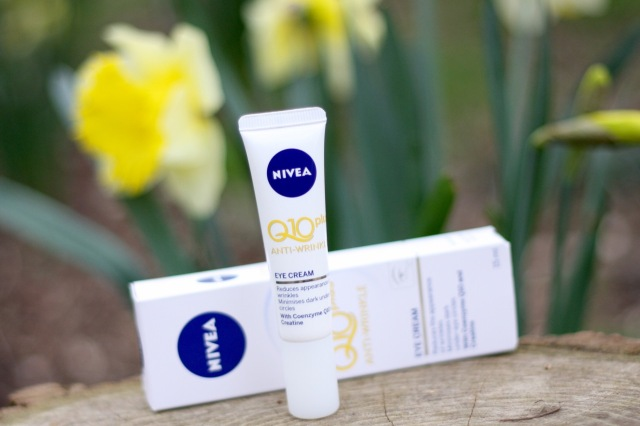 nivea-q10-plus-antiwrinkle-eyecream-review - 2