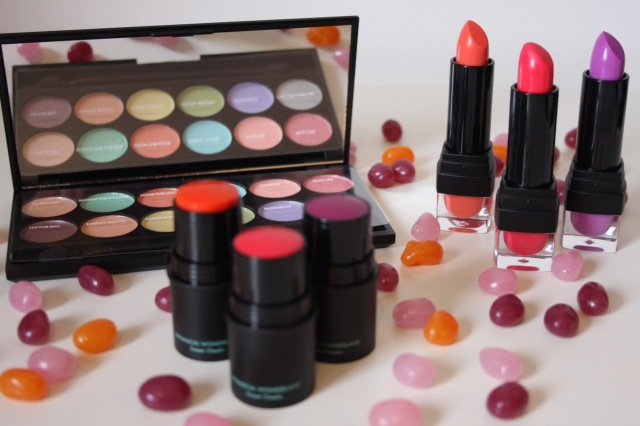 sleek-whimsical-wonderland-collection-review - 1