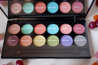sleek-whimsical-wonderland-collection-review - 4
