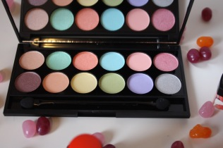 sleek-whimsical-wonderland-collection-review - 6