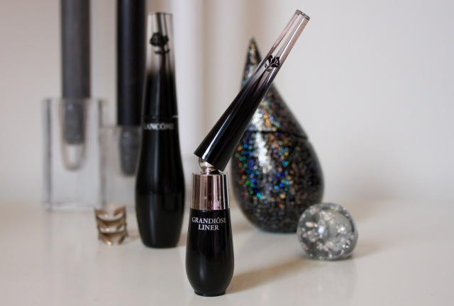 lancome-grandiose-eyeliner-review - 1