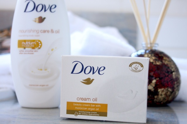dove-nourishing-care-oil-review - 4