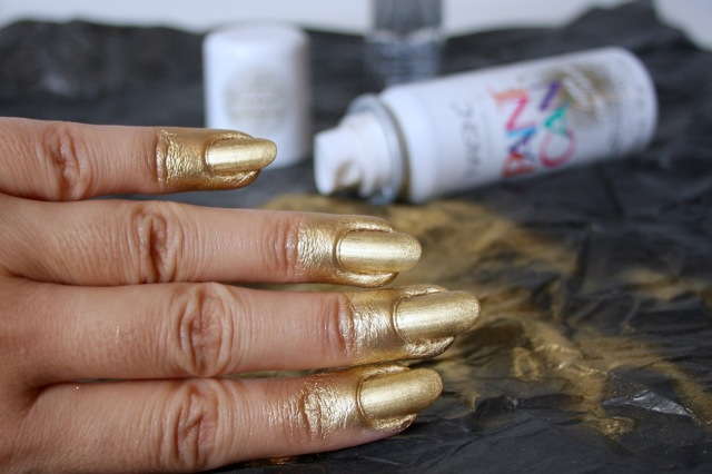 nails-in-paint-can-good-as-gold-review - 2