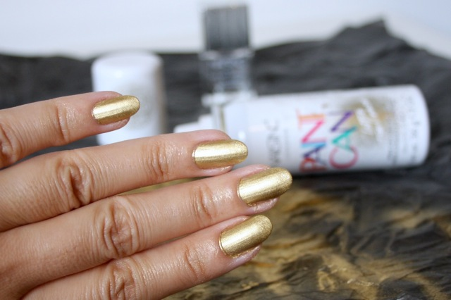 nails-in-paint-can-good-as-gold-review - 4