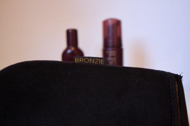bronzie-tanning-mitt-4