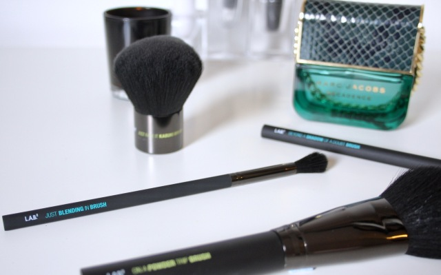 lab2-makeup-brush-review-5