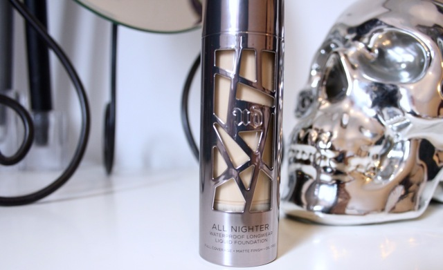urban-decay-all-nighter-foundation-review-3