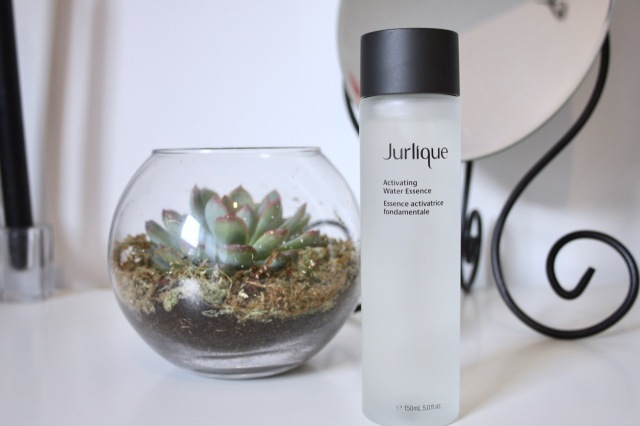 jurlique-activating-water-essence-review-1