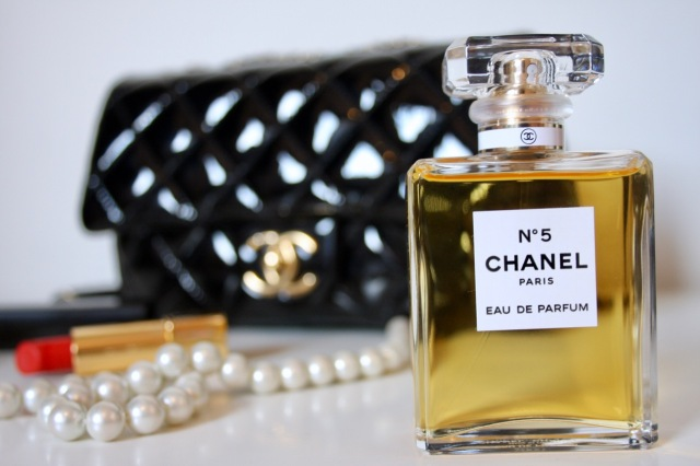 chanel-number-five-review-1