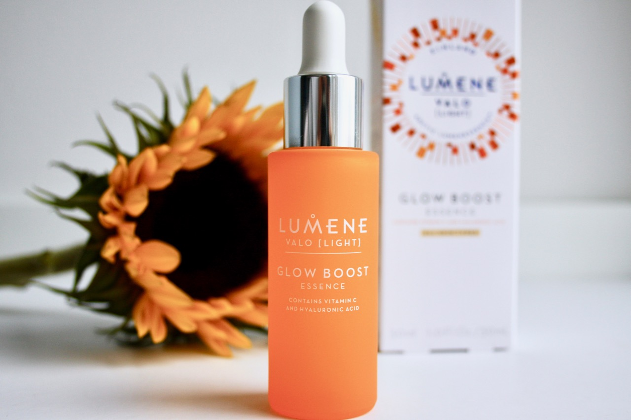 valo glow boost vitamin c hyaluronic essence